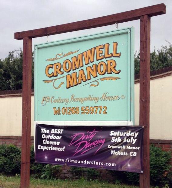 Cromwell Manor PVC banner